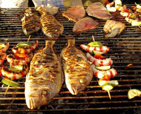 riba i povrce na gradele